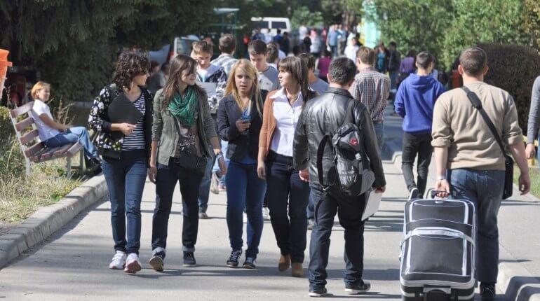 cazare-camin-studenti-septembrie-2012